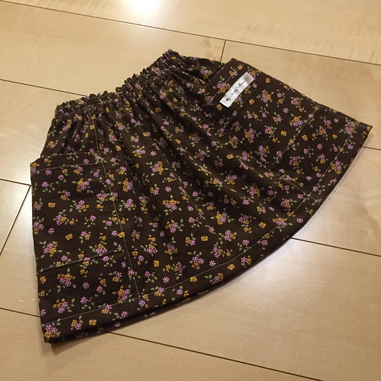 パターンレーベルLESSONBOOK切り替えスカートをコーデュロイで作りました。