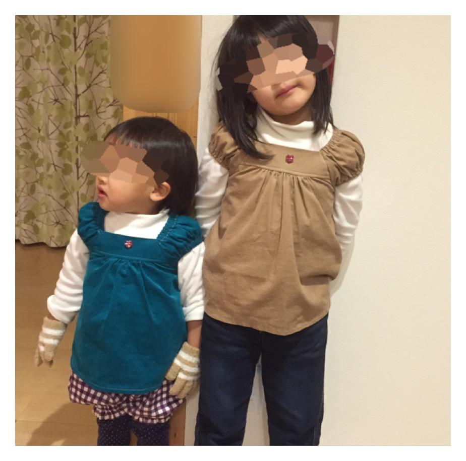 MahoeAnelaサマーワンピースをシャツコーデュロイで作り、姉妹が着ました。